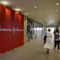 Talco sotto accusa, Johnson&Johnson dovrà pagare 55 milioni di dollari a una donna