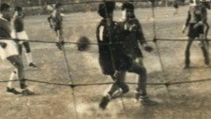 """Ranieri e i 'ragazzi di San Saba'  """"Quando giocava in porta""""    Foto"""