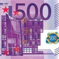 Sigarette, borracce e cinture: così si nascondono milioni in tagli da 500 euro