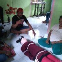 Indonesia, bambola gonfiabile diventa un angelo: la bizzarra venerazione dei pescatori