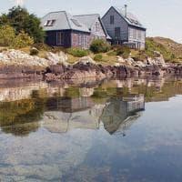 La solitudine del miliardario: acquista la casa perfetta sull'isola privata