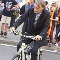 """Frena il mercato delle biciclette. Delrio rilancia: """"Masterplan della ciclabilità"""""""