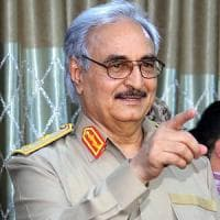 "Libia, Haftar muove truppe verso Sirte:  ""Saremo noi ad attaccare l'Is"""