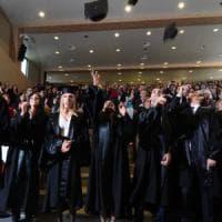 Università, la fuga dei cervelli dal Sud manda in fumo oltre 3 miliardi di investimenti