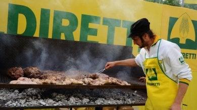 Addio carne, ora le famiglie italiane   video   spendono di più per frutta e verdura   foto