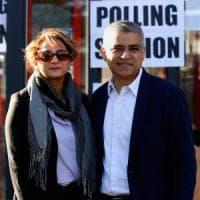 Gran Bretagna  al voto: laburista musulmano favorito per la sfida di Londra