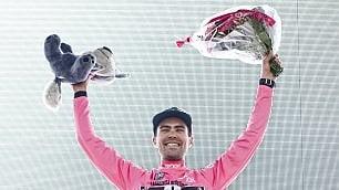 Prima rosa a Dumoulin Nibali batte gli altri big  di LUIGI PANELLA