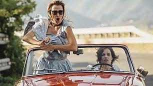'La pazza gioia', due donne  in cerca d'amore e libertà