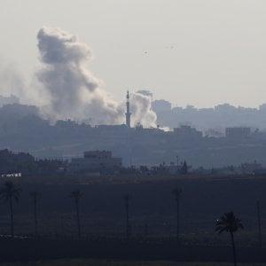 MO, lancio di razzi da Gaza. Raid Israele sulla Striscia