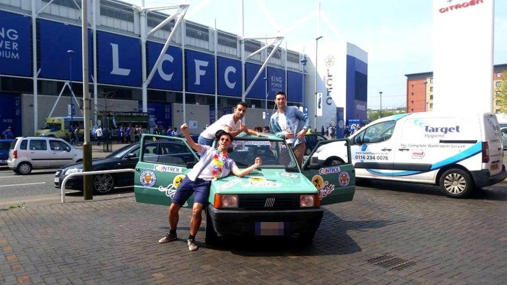 Leicester campione, con la Panda dall'Italia per festeggiare: il viaggio di tre italiani