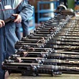 Armi, l'Ue ne esporta soprattutto in Medio Oriente con sempre meno controlli