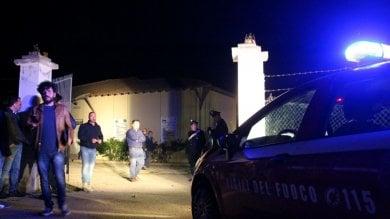 Licata, attentato al sindaco anti abusivi: 40 amministratori in piazza, arriva Alfano