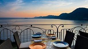 Da Gallipoli a Positano, gli alberghi con vista tramonto sono mozzafiato