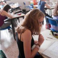Borse studio, un idoneo su quattro senza assegno