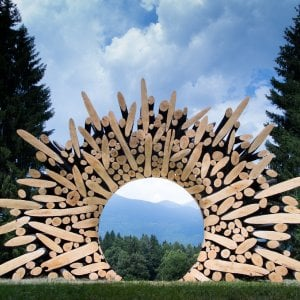 Alla scoperta della Land art, arte effimera fatta con la natura