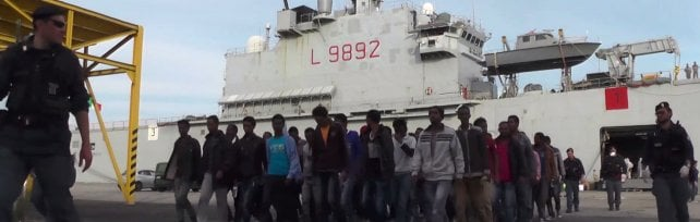 Sicilia, maxi sbarco di profughi siriani