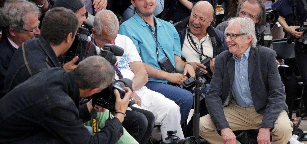 """Cannes, il ritorno di Ken Loach il rosso: """"Quest'Europa senza umanità"""""""