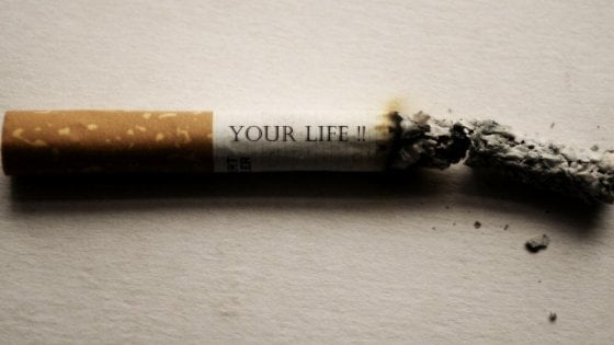 Fumo, il vizio è sempre più rosa: