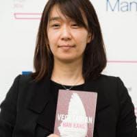 Il Man Booker International Prize  alla sud-coreana Han Kang. Battuti Ferrante e Pamuk