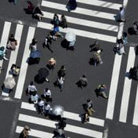 Eurozona in deflazione, listini poco mossi. Il Giappone evita la recessione: Pil oltre le attese