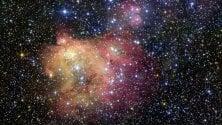 Nebulosa in technicolor  uno spettacolo stellare