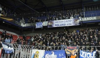 """Lazio: Uefa, un turno a porte chiuse per razzismo. Tare: """"Cerchiamo l'erede di Klose"""""""