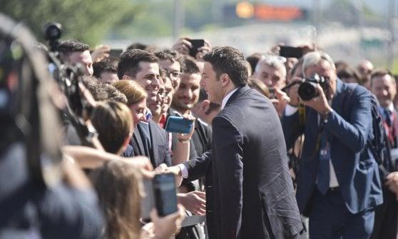 """Referendum, Renzi parte da Bergamo: """"Se vince il No, sarà il paradiso terrestre degli inciuci"""""""