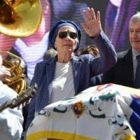 Morte Pannella, la commozione sul volto di Emma Bonino