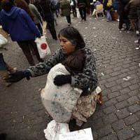 Argentina, povertà in aumento: quattro milioni sono minori
