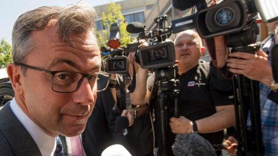 Chi è Norbert Hofer, l'ultra nazionalista favorito delle presidenziali in Austria