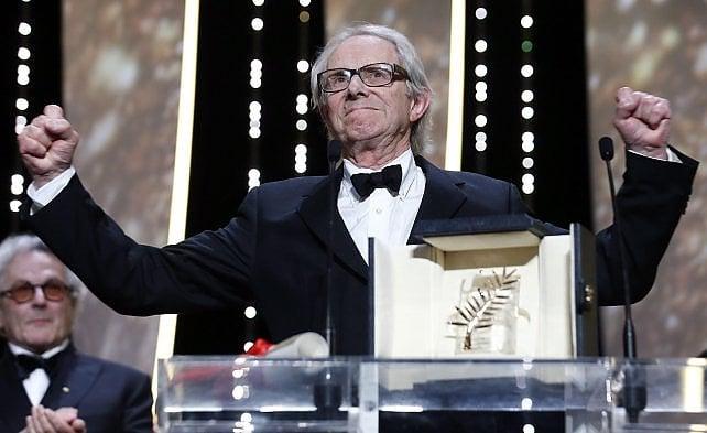 """Ken Loach """"il rosso"""" vince la Palma d'oro """"Un altro mondo è possibile e necessario"""""""