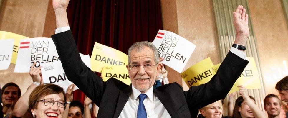 Austria: Il verde Van der Bellen vince le presidenziali, Hofer ammette su Fb la sconfitta
