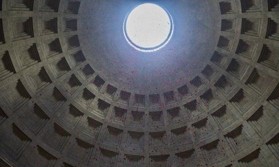 Quell'occhio nel cielo di Roma, segreti e simbologie del Pantheon