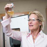 Il Nobel della tecnologia da 1 mln euro alla biochimica che 'gioca' con