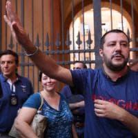 """Sicurezza, Salvini: """"Quattro mesi di leva, e impariamo a sparare"""""""