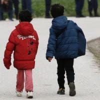Ogni due minuti in Europa scompare un minore. Il Papa:
