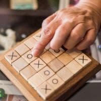 Parole crociate e sudoku, quel mix di esercizi che potrebbe 'rallentare' l'Alzheimer