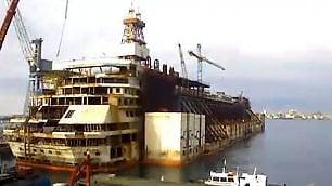 La Costa Concordia non c'è più Il timelapse della demolizione