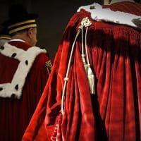 Cassazione, assegno mantenimento 400 euro a ex marito tradito