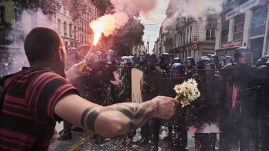 Francia, tensione e scontri a corteo  contro la riforma del lavoro   foto   /   video