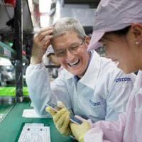 Foxconn sostituisce 60mila dipendenti con i robot