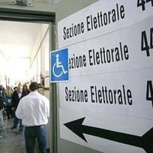 Scuola, rivolta contro il maxiponte elettorale. I presidi: basta con il voto a scuola