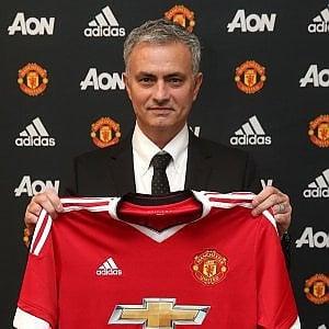 """Manchester United, ufficiale Mourinho: """"Un onore speciale essere qui"""""""