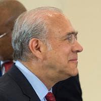"""Ángel Gurría: """"Vedo il rischio di recessione, subito libertà di investire per tutti i..."""