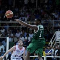 Basket, semifinale play-off: Avellino non molla e porta Reggio Emilia a
