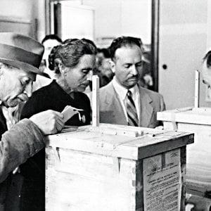 """Referendum del 1946, Scalfari: """"Perché votai per il re"""""""