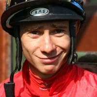 Cadeddu, dal Medico in famiglia al trionfo nell'ippica: Ciccio vince le Oaks d'Italia