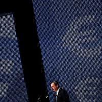 Le Borse aspettano buone nuove da Mario Draghi. Risale la fiducia Ue
