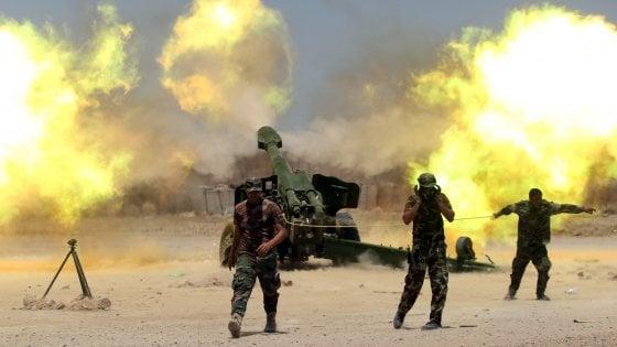 Iraq, le forze irachene entrano a Falluja: battaglia finale contro l'Is