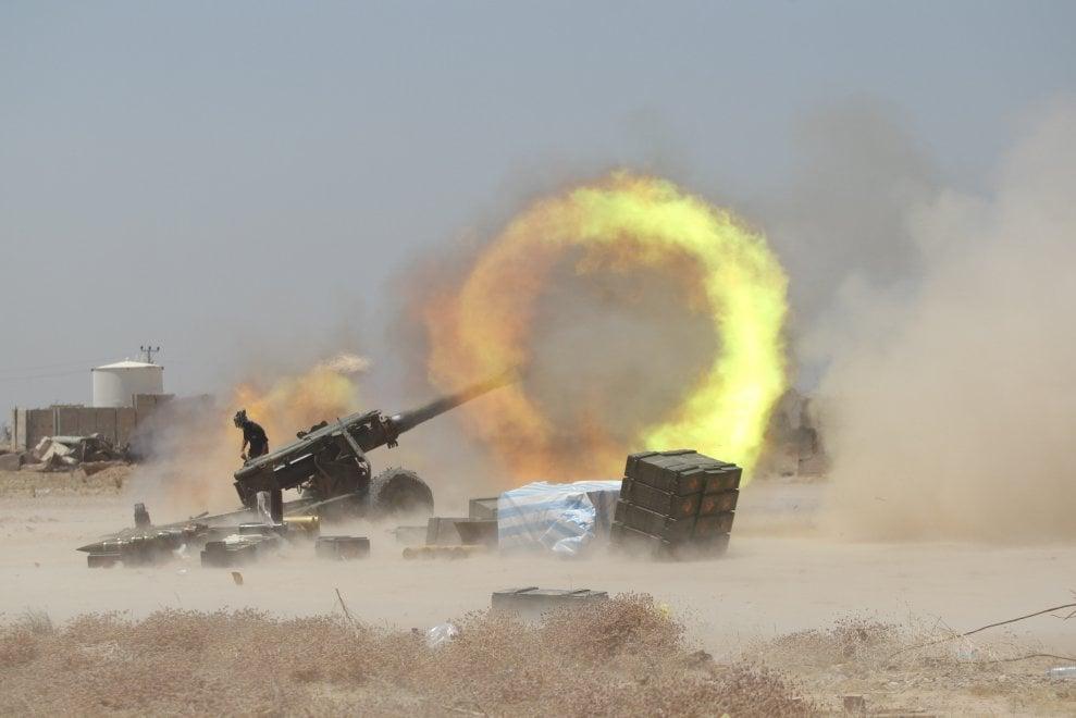Falluja, l'attacco delle forze irachene